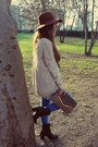 Brown-hat-brown-stradivarius-hat