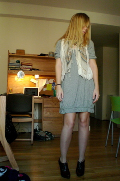 Urban Outfitters scarf - madewell dress - Steve Madden shoes - Target Australia