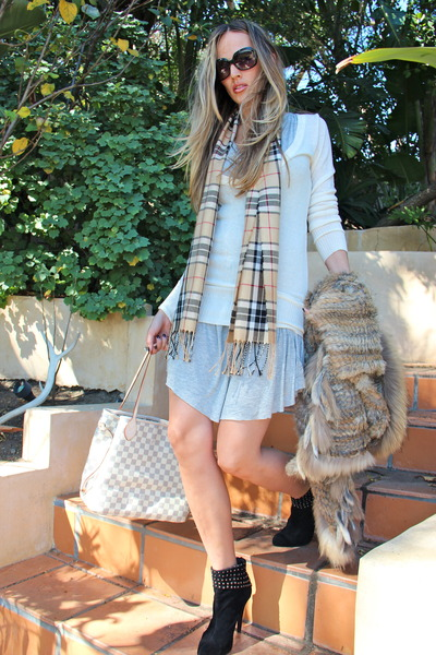 tan Burberry scarf - black Jimmy Choo boots - heather gray Mystree dress