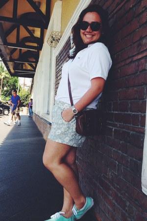 white polo shirt shirt - aquamarine sneakers shoes