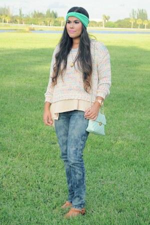 neutral free people sweater - light pink OASAP sweater - camel chicnova sandals