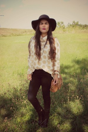 floppy Walmart hat - litas Jeffrey Campbell boots - skinny H&amp;M Trend jeans