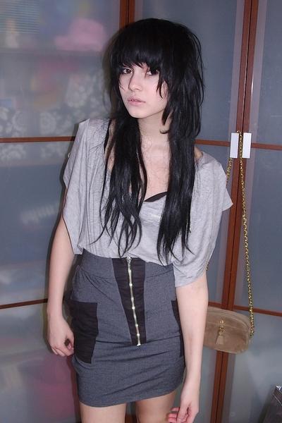 gray zipper H&M skirt - black scarf