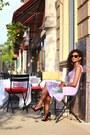 Lavender-asos-dress-wayfarer-ray-ban-sunglasses
