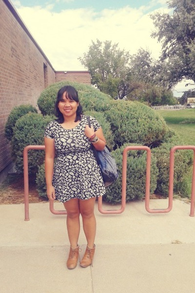 Stradivarius boots - Forever 21 dress - new look bag - Forever21 watch