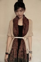 black dress - maroon scarf - beige cardigan - white belt