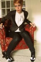 Stradivarius blazer - nice day nice things blouse - H&M jeans - clockhouse shoes