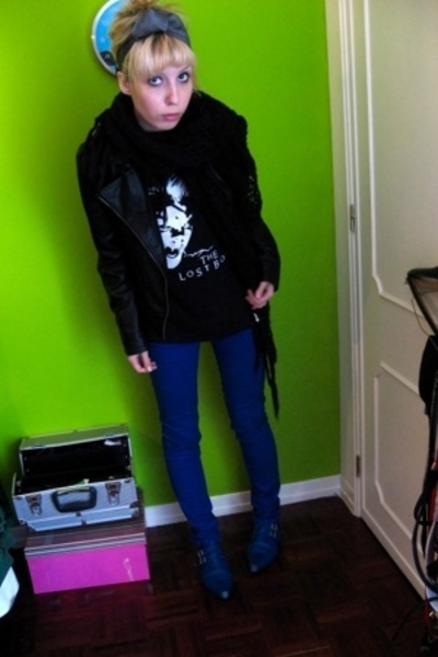 hand me down tie - Bershka scarf - Pimkie jacket - Ebay t-shirt - H&M jeans - Un