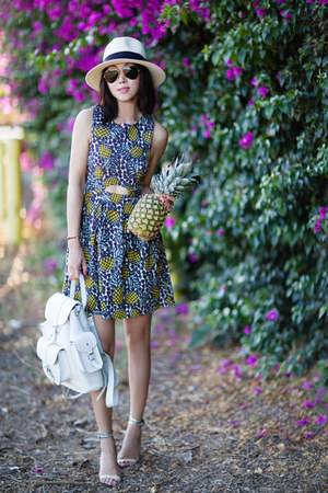 Topshop dress - Grafea bag