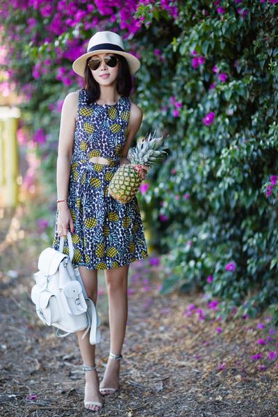 Topshop dress - Grafea bag
