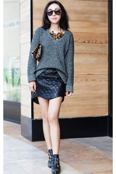 Steve Madden boots - rag & bone sweater - gray sweater - Clare Vivier bag