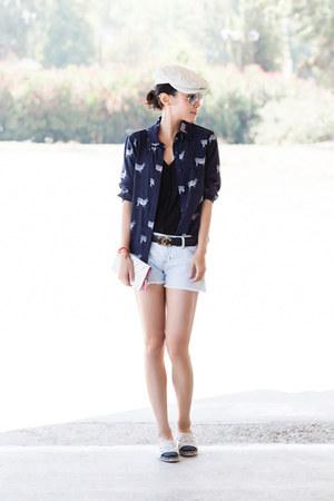 Chanel belt - Alice  Olivia shirt - ray-ban sunglasses - Chanel flats