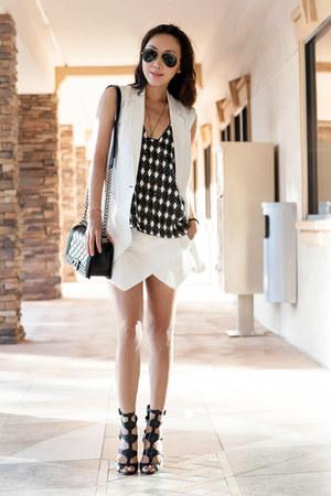 Zara shorts - Mango vest