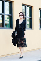 Pixie Market skirt - Karen Walker sunglasses - Nina heels - Alice Olivia top