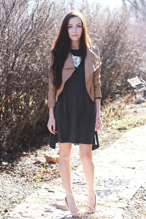 camel romwe jacket - charcoal gray MIAMASVIN dress