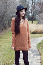 Forever 21 sweater - merrin & gussy necklace