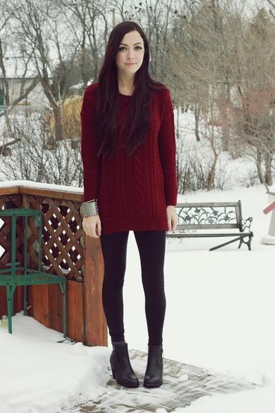 maroon romwe sweater - silver merrin & gussy bracelet