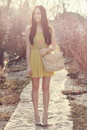 bubble gum Runfree Runwild necklace - light yellow romwe dress