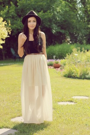 ivory miss patina skirt - dark brown Forever 21 hat - black garage top