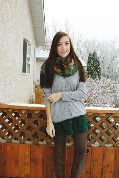dark green Forever 21 skirt - heather gray girlfriends material cardigan