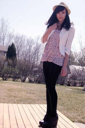 pink Sirens top - black urban behavior leggings - white Urban Behaviour blazer -