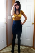 gold sirens shirt - black aldo boots - black urban behavior skirt