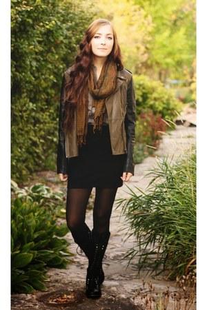 black Lulus boots - olive green Lulus jacket