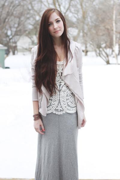ivory awwdore top - light brown Chan Luu bracelet