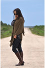 Brown-handwoven-wool-poncho-duranzo-uruguay-sweater
