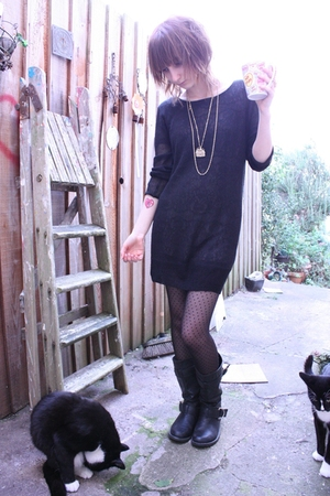 black H&M sweater - black new look boots - gray Topshop dress