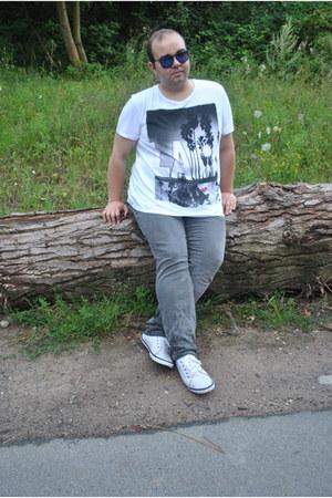 white cotton c&a shirt - heather gray cotton c&a jeans