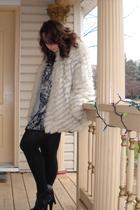 white vintageage saga fur coat - black Jessica Simpson shoes - black merona prem