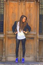 blue Zara shoes - black American Apparel leggings - white Urban Outfitters t-shi
