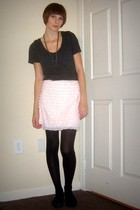 pink Urban Outfitters skirt