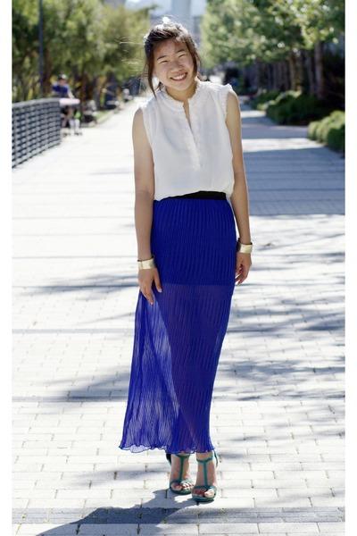 blue Forever 21 skirt - ivory tissue ruffle covington blouse