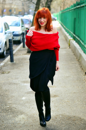 red Sheinside sweater - black Front Row Shop skirt