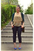cream Stradivarius top - army green bag - blue heels - black Pimkie pants