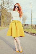 mustard H&M skirt - mustard Topshop heels