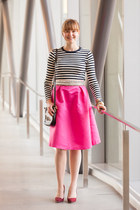 DressLink skirt - Joe Fresh shirt - Aldo bag - Fossil bag - Loren Hope bracelet