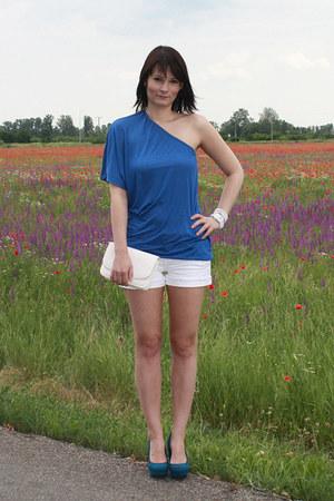 blue Stradivarius t-shirt - white Tally Weijl bag - white Stradivarius shorts