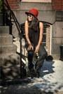 Maroon-felt-lucky-brand-hat-black-cotton-urban-outfitters-shirt