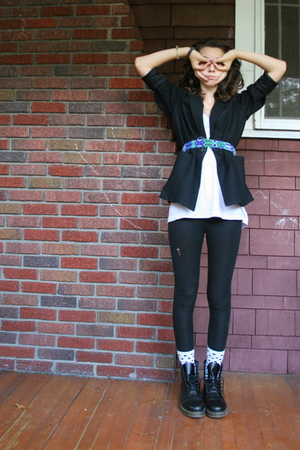 yard sale blazer - mexico belt - American Apparel top - Target leggings - Irelan