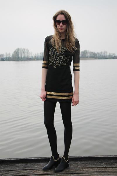 black OASAP boots - black Bershka dress