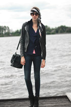 navy primarkt jeans - black ARMA jacket - bubble gum Codello scarf