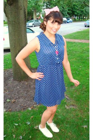 blue Urban Outfitters dress - pink Urban Outfitters accessories - pink Claires a