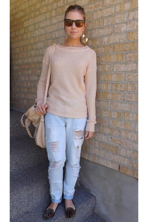peach knitted Suzy Shier sweater - periwinkle boyfriend garage jeans