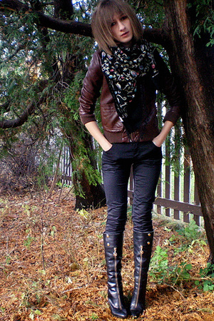jacket - scarf - pants - shoes