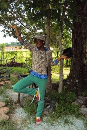beige oldnavy sweater - blue Ralph Lauren blouse - green Wet Sealt pants - red V