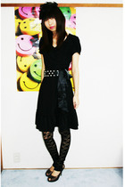 black dress - black Forever 21 accessories - black Forever21 belt - black leggin