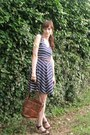 Brown-leather-vintage-bag-navy-navy-dorothy-perkins-dress